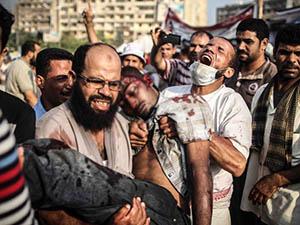 Mısır'da Halk Bu Pazar Nahda ve Rabia Meydanlarında