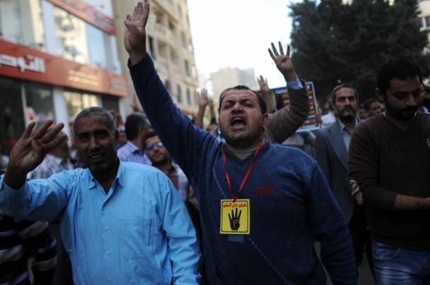 Mısırlılar Rabia Katliamının 100. Gününde Meydanlarda