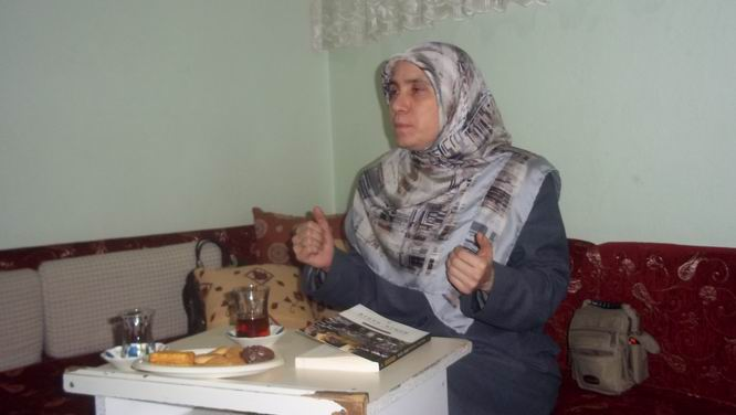 """""""Kur'an ve Hayat Çizgisinde Mümin Kadın"""""""