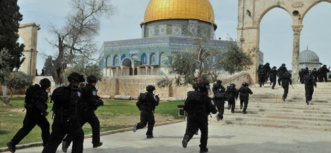 İsrail, Aksa'nın Çevresini Askeri Bölge İlan Etti