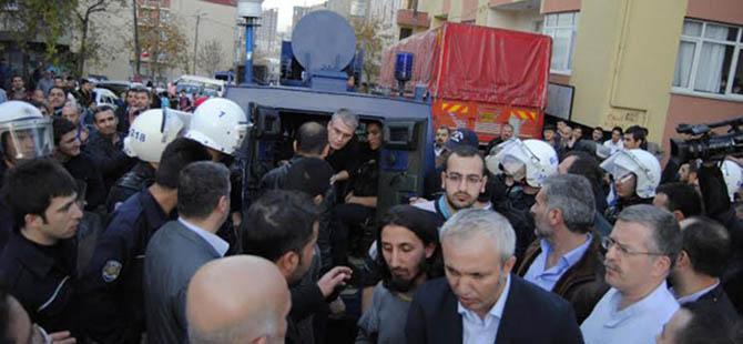 Emniyet'ten Yeni Akit Gazetesi'ne Hukuksuz Tavır