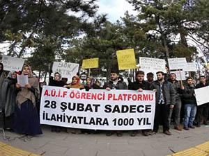 İlahiyat Öğrencileri 'Formasyon' Haklarını İstiyor