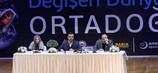Gaziantep'te 'Değişen Dünya ve Ortadoğu' Konuşuldu