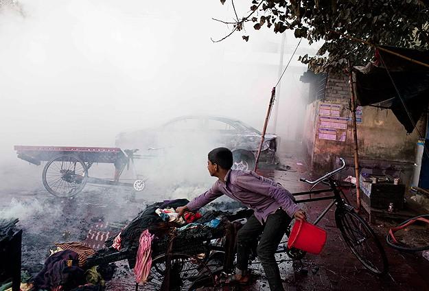 Bangladeş'teki Gösterilerde 5 Kişi Hayatını Kaybetti