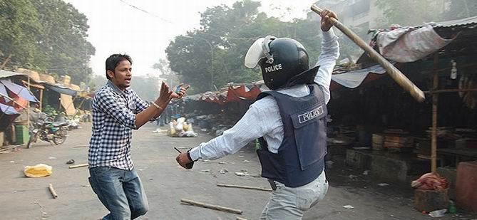 Bangladeş'te Muhalefetten Süresiz Gösteri Çağrısı