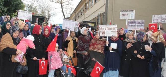 Bursa'da İmam Hatip Lisesi'nde 28 Şubat Eylemi