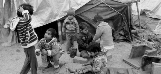 Hind Zulmünden Kaçan 30 Çocuk Donarak Öldü