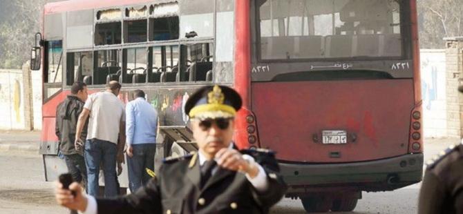 Mısır Cuntası Evlere Saldırıyor
