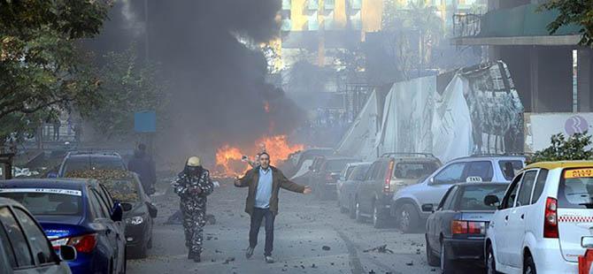 Beyrut'ta Bomba Yüklü Araç İnfilak Etti