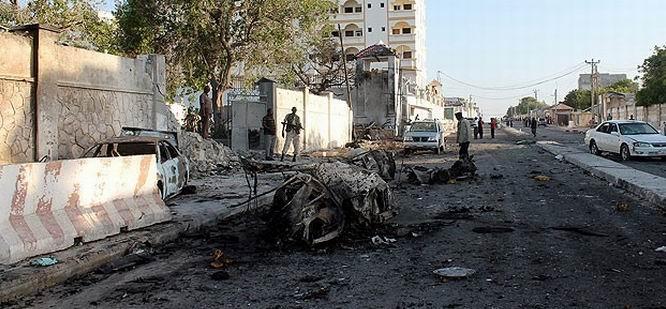 Somali'de Bombalı Saldırılar: 10 Ölü