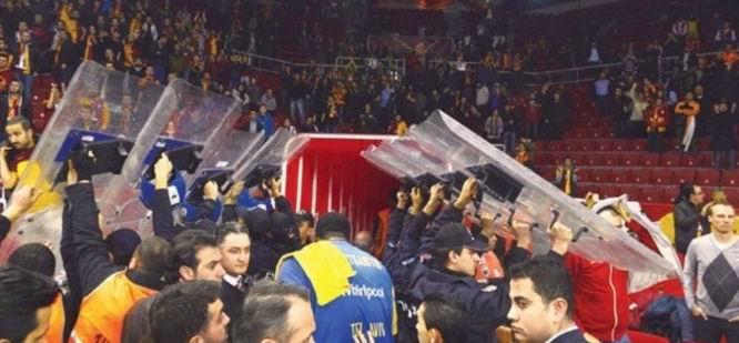 İsrail Basket Takımına Mavi Marmara Protestosu