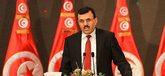 Tunus Başbakanı Urayyid İstifa Etti