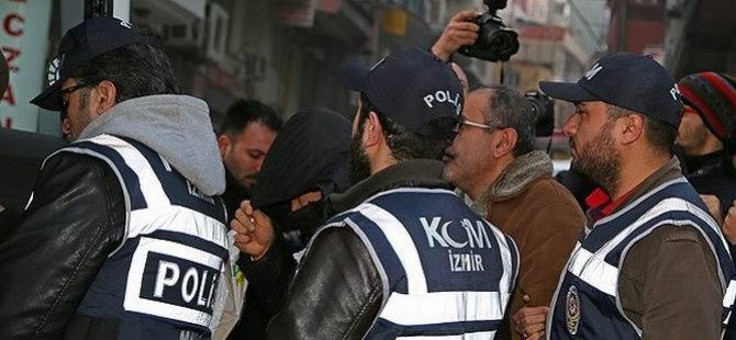 İzmir Merkezli Operasyonda 14 Tutuklama