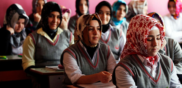 Özgür-Der Kocaeli: 'Seviye Sınıfları,  Sorun Kaynağı!'