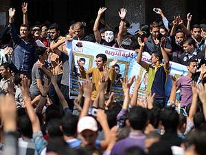 Mısır'da Anayasa Referandumu Protestolarına Devam