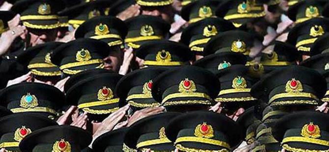 Komutanlara Yüce Divan'da Yargılama