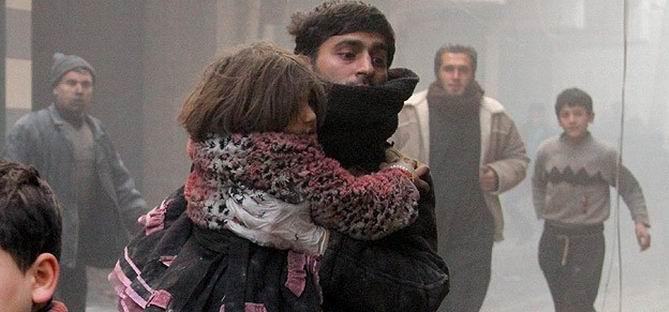 Açlıktan İnsanların Öldüğü Yermuk'a Varil Bombalı Saldırı