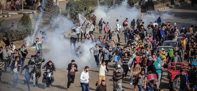 Mısır'da Darbe Karşıtı Cuma Gösterilerine Sert Müdahale
