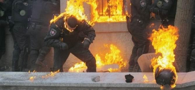 Ukrayna'da İsyan Ateşi