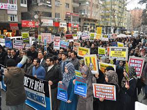 Esed'in İnsanlık Dışı İşkenceleri Diyarbakır'da Lanetlendi!