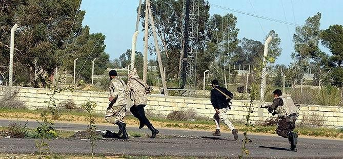 Libya'da Kaddafi Yanlılarıyla Çatışma: 44 Ölü