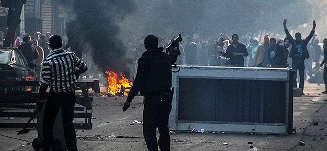 Mısır'da Gösterilere Gerçek Mermiyle Müdahale: 50 Ölü