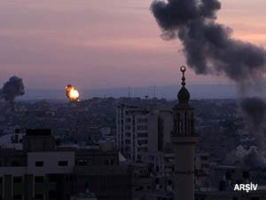 İsrail Uçakları Bu Sabah Yine Gazze'yi Vurdu!