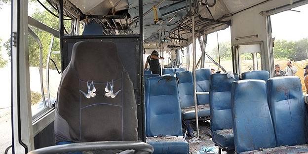 Mısır'da Turist Otobüsüne Saldırı: 3 Ölü, 14 Yaralı