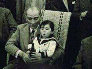 Adatepe: Çocukken Atatürk Bira İçirdi