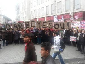 Taksim'de 28 Şubat Eylemi