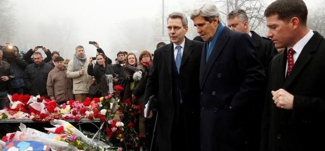 ABD Rusya'yı Kiev'den Kınadı