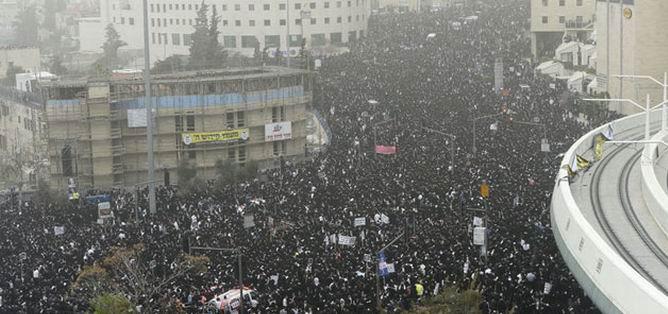 Antisiyonist Yahudiler İsrail'i Protesto Etti