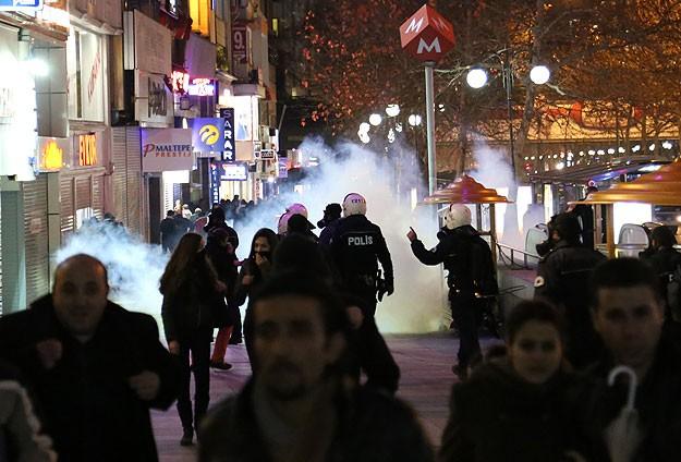 Ankara ve İstanbul'da Polis Müdahalesi