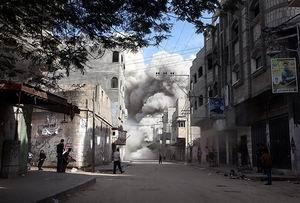 İsrail Gazze'ye Yine Saldırdı