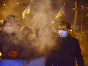 Hükümet İle Rusya Yanlısı Göstericiler Arasında Çatışma