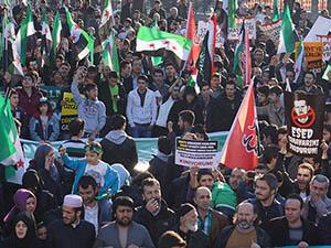 3 Yıldır Direnen Suriye İçin Fatih'te Yürüyüş