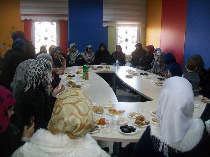 Van'da Mısır ve Suriyeli Kardeşlerimizle Dayanışma Programı