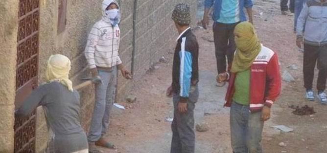 Cezayir'de Tehlikeli Gerginlik