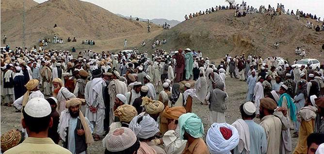 Afganistan'da Taliban'a Saldırılar: 74 Ölü