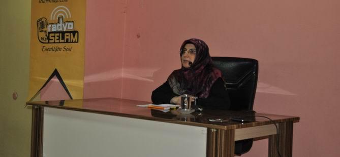 """Diyarbakır'da """"Müslüman Gençlikte İslami Bilinç"""" Semineri"""