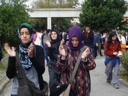 Üniversitelerde 12 Eylül Yasakları Kalkıyor