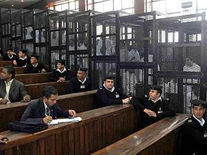 """Mısır'da """"Devrimin Aktörlerinin"""" Cezası Onaylandı"""
