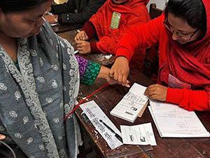 Bangladeş'te Seçim Çatışmaları: 4 Ölü