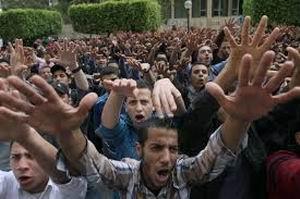 Mısır, İdamlara Karşı Meydanlara İniyor