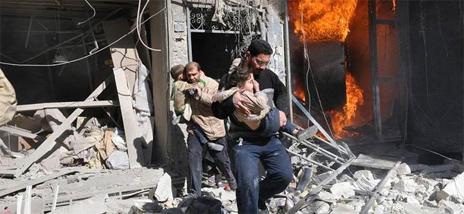 Halep'e Altı Ayda 2 Bin 500 Varil Bombası (VİDEO)