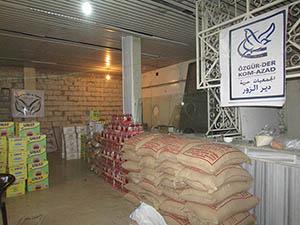 Özgür-Der'den  Deyr-ez Zor'da Gıda dağıtımı