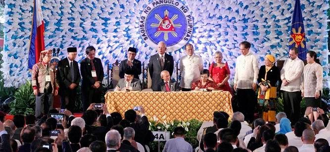 Filipinler'de Silah Bırakma Süreci Başladı
