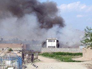 Afganistan'da İki Ayrı Patlamada 16 Kişi Öldü