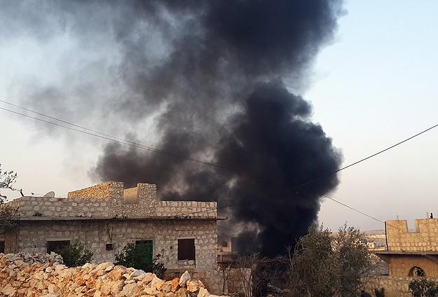 Esed Güçleri Havadan Saldırdı: 10 Ölü
