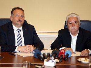 AK Parti ve CHP Adaylarından Ortak Basın Toplantısı